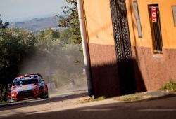 Neuville sigue líder del Rally RACC, Tänak rompe el triplete de Hyundai
