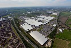 Nissan podría deshacerse de las plantas europeas de Barcelona o Sunderland