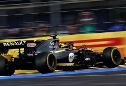 Renault afirma que lleva años usando el reparto de frenada 'ilegal', Grosjean lo confirma