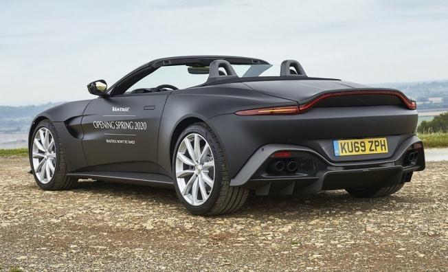 Aston Martin Vantage Roadster 2020 - posterior