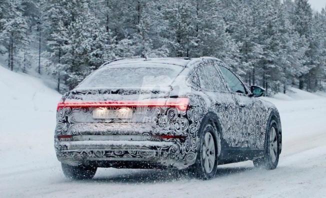 Audi e-tron Sportback - foto espía posterior