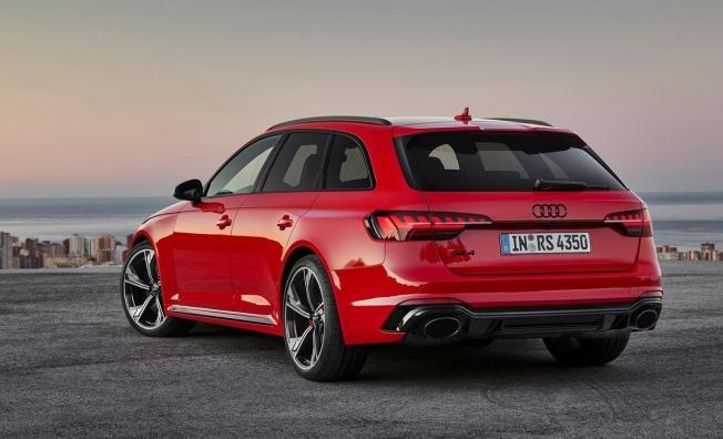 Audi RS 4 Avant 2020 - posterior