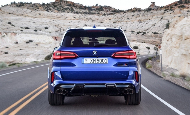 BMW X5 M 2020 - posterior