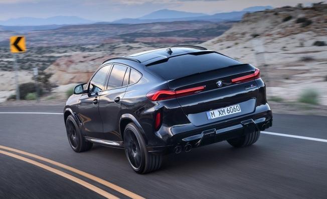 BMW X6 M 2020 - posterior