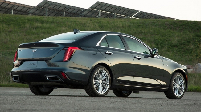 Cadillac CT4 2020 - posterior