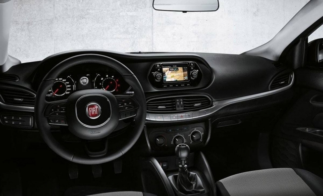 Fiat Tipo Street - interior