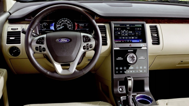 Ford Flex - interior