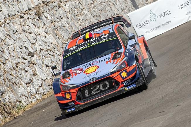Hyundai sale al ataque en el Rally RACC con Neuville, Sordo y Loeb