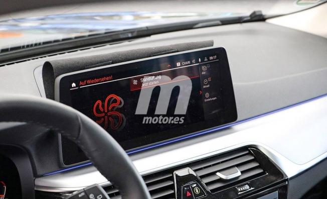 BMW Serie 5 Touring 2021 - foto espía interior