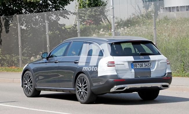 Mercedes Clase E All-Terrain 2020 - foto espía posterior