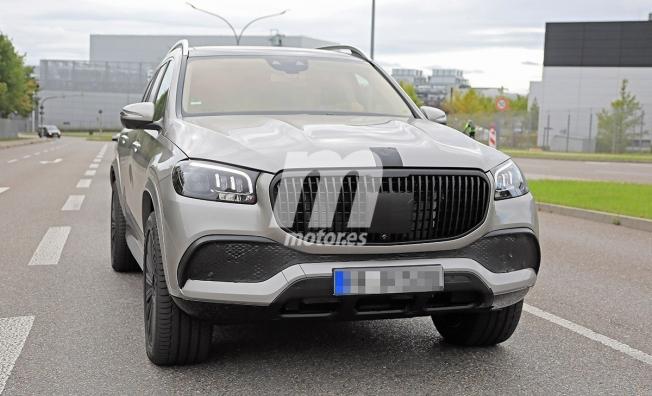 Mercedes-Maybach GLS 2020 - foto espía frontal