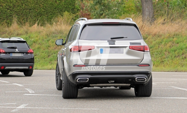 Mercedes-Maybach GLS 2020 - foto espía posterior