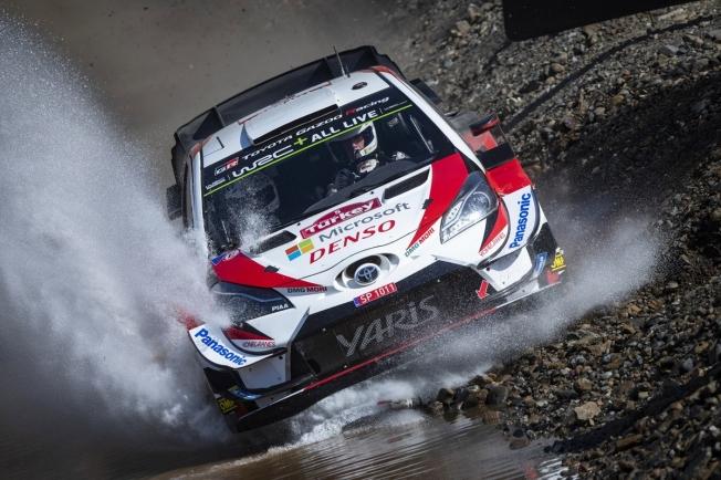 Ott Tänak defiende su liderato del WRC en los bosques galeses