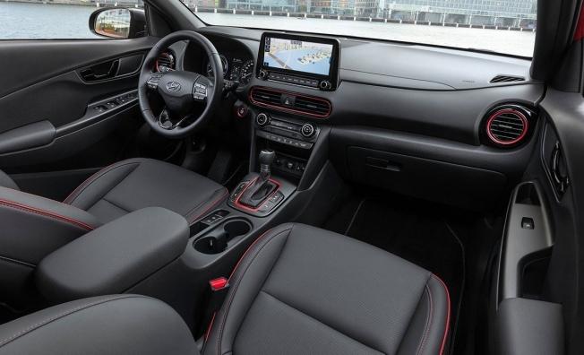 Hyundai Kona Híbrido - interior
