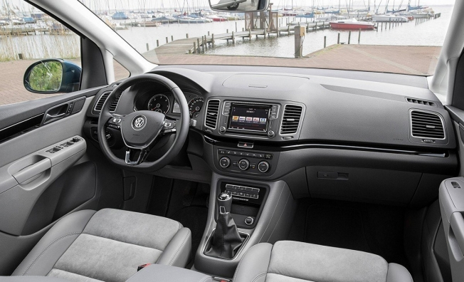 Volkswagen Sharan - interior