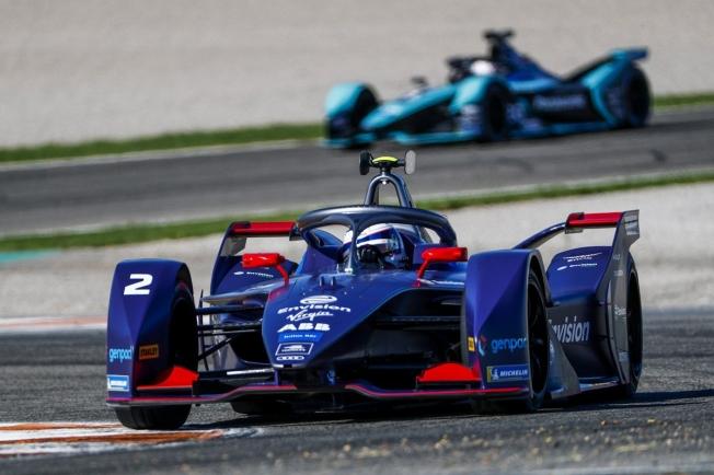 Sam Bird lidera la primera jornada del test de la Fórmula E en Valencia