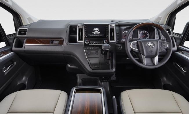 Toyota GranAce 2020 - interior