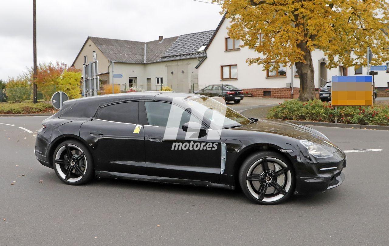 2020 Porsche Taycan | Taycan Sport Turismo 9