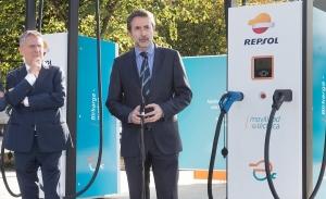Repsol inaugura la estación de recarga de coches eléctricos más potente de Europa