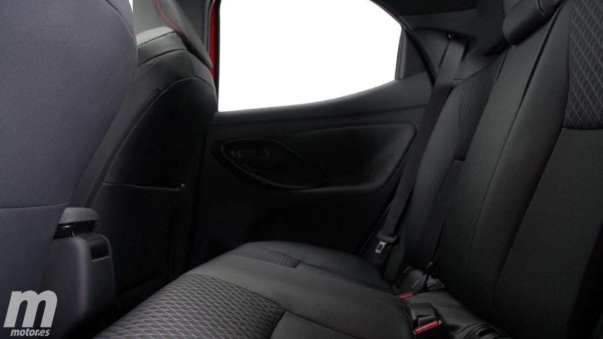 Toyota Yaris (2020) 32