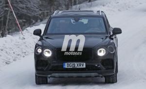 El Bentley Bentayga Facelift descubre nuevos detalles en las pruebas de invierno