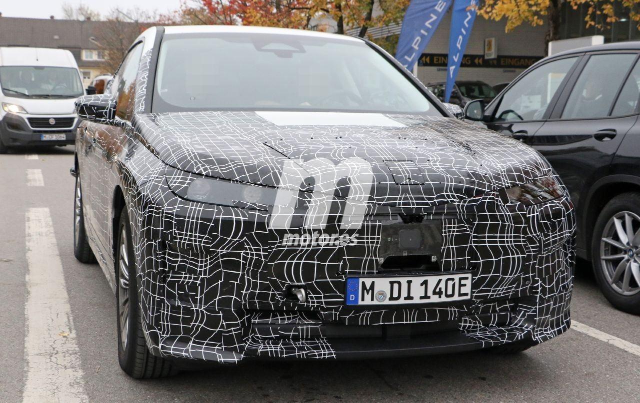 2020 BMW i6/iNEXT/iX8 26