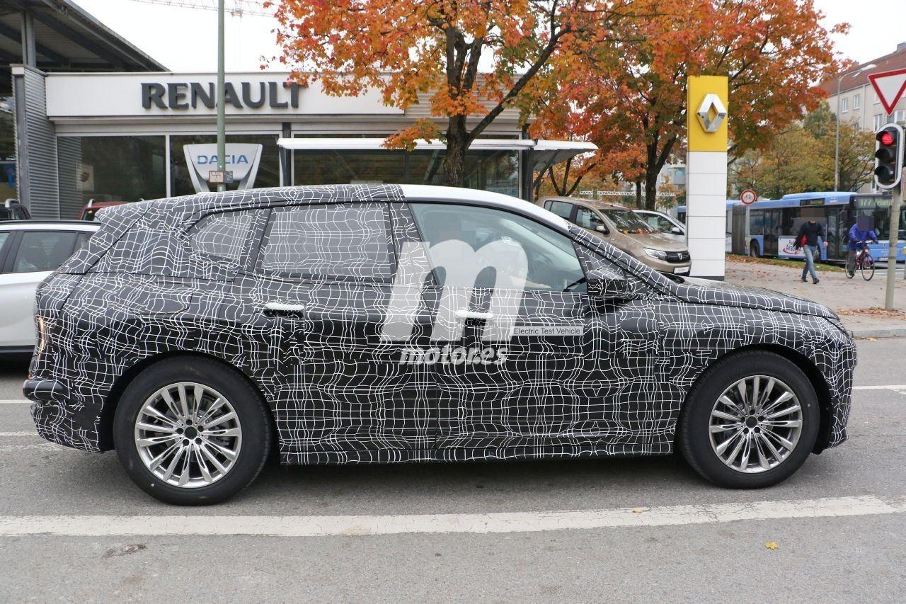 2020 BMW i6/iNEXT/iX8 28