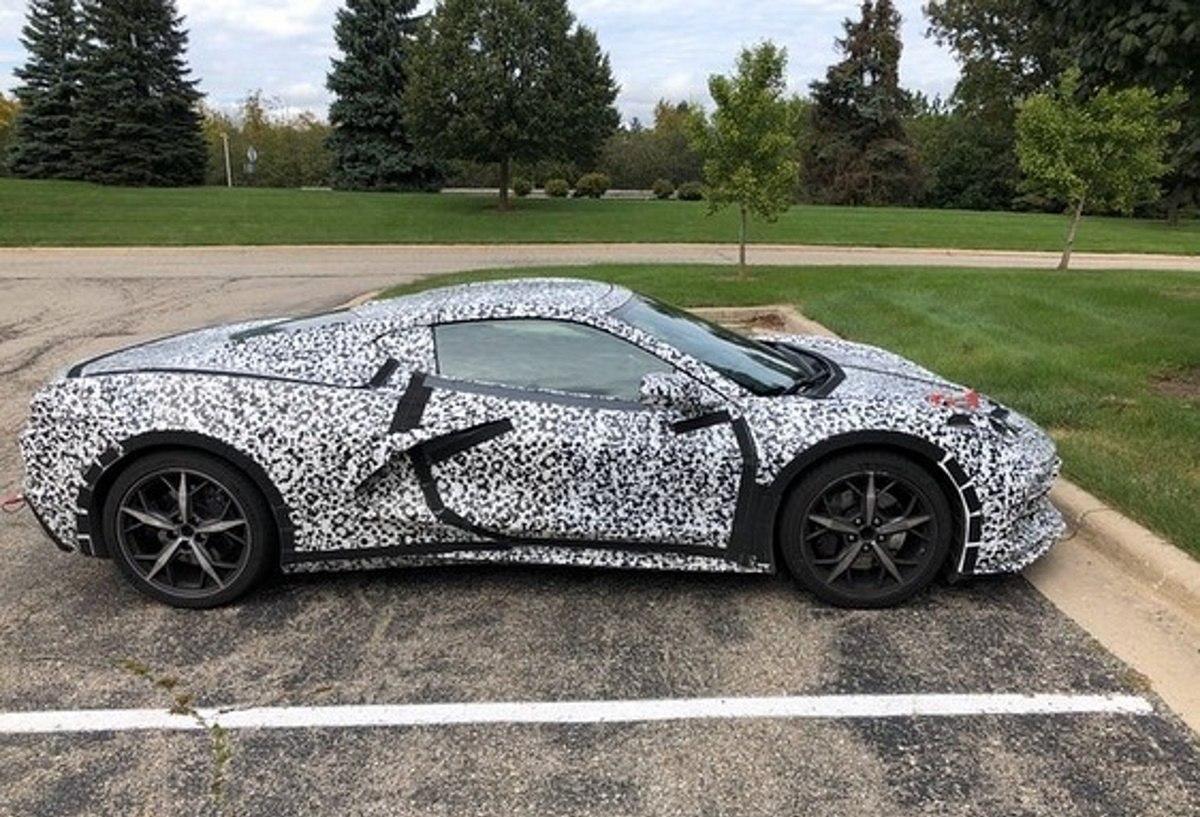 Chevrolet dice que esto no es un Corvette híbrido, aunque lo parezca