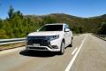 En busca del rendimiento más eficiente: así gestiona el Mitsubishi Outlander PHEV sus tres motores y 230 CV