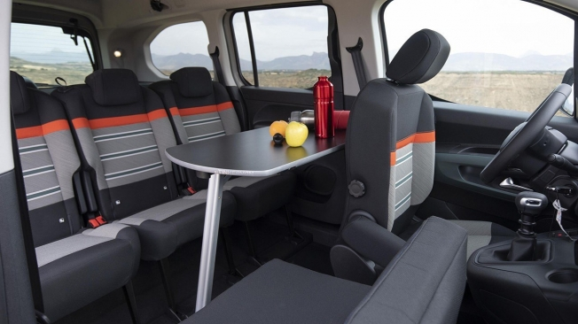 Citroën Berlingo by Tinkervan - interior