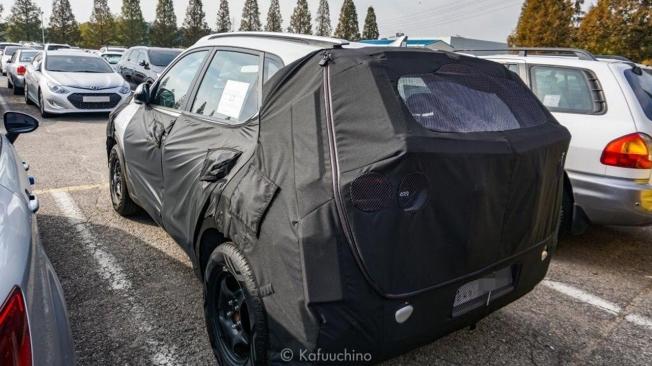 Kia A-SUV - fotot espía posterior