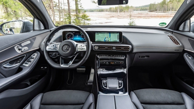Mercedes EQC - interior