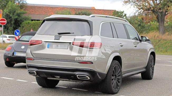 Mercedes-Maybach GLS - foto espía posterior