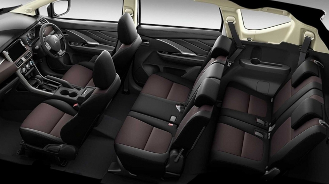 Mitsubishi Xpander Cross - interior