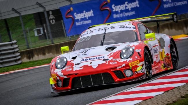 Nick Tandy lleva al Porsche #31 hasta la pole de las 9 Horas de Kyalami