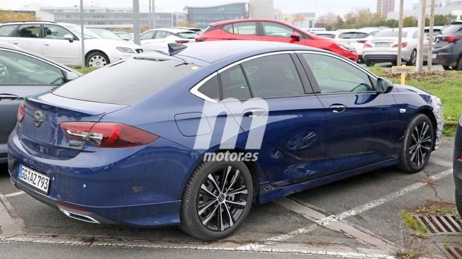 Opel Insignia 2020 - foto espía posterior