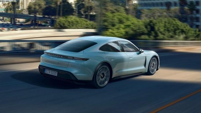 Porsche Taycan 4S - posterior