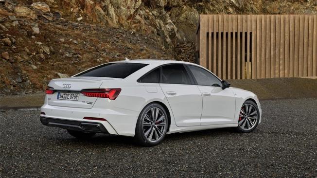 Audi A6 55 TFSI e quattro - posterior