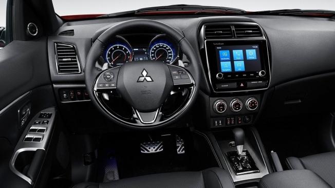 Mitsubishi ASX 2020 - interior