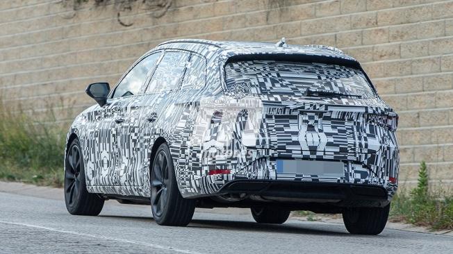 SEAT León ST 2020 - foto espía posterior