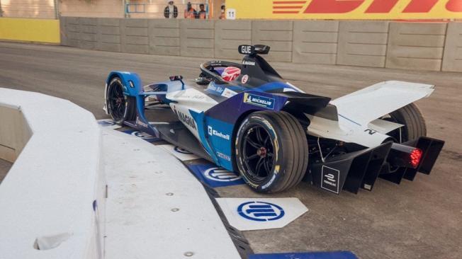 Victoria de Alex Sims y doblete de BMW en el ePrix de Ad-Diriyah