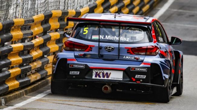Yvan Muller logra la pole para la primera carrera del WTCR en Macao