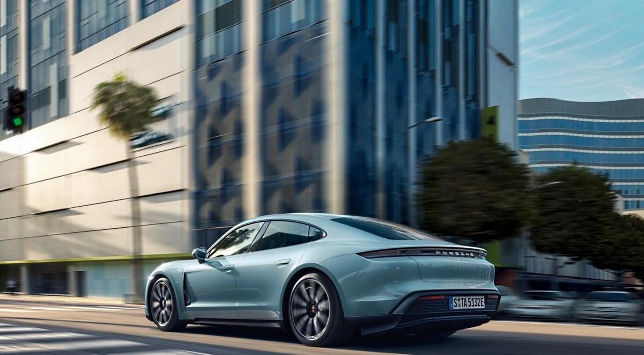 Problemas en la producción del nuevo Porsche Taycan causa demora en las entregas