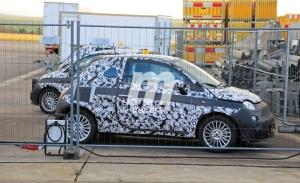 Nuevas fotos espía del Fiat 500e eléctrico muestran un interior más moderno y avanzado