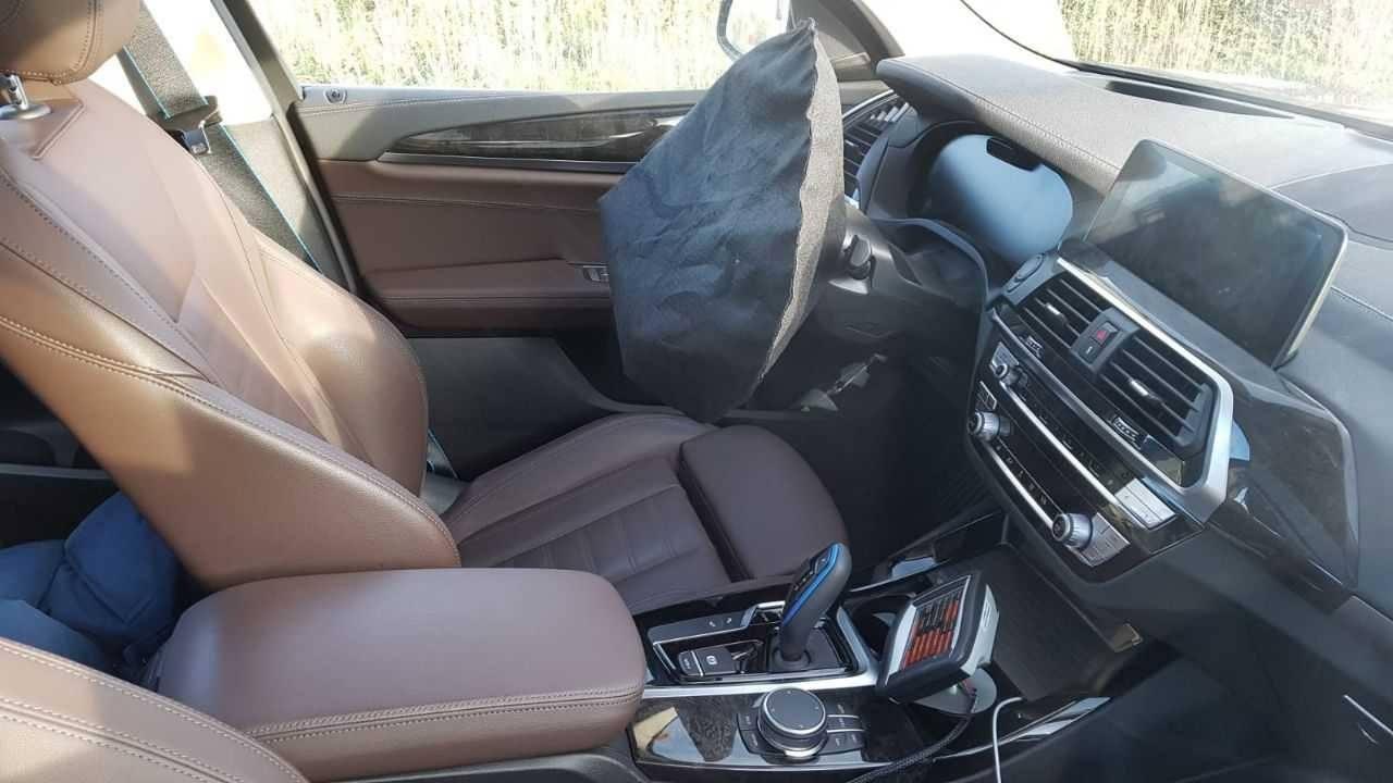 Un vistazo al interior del nuevo BMW iX3, el esperado SUV eléctrico