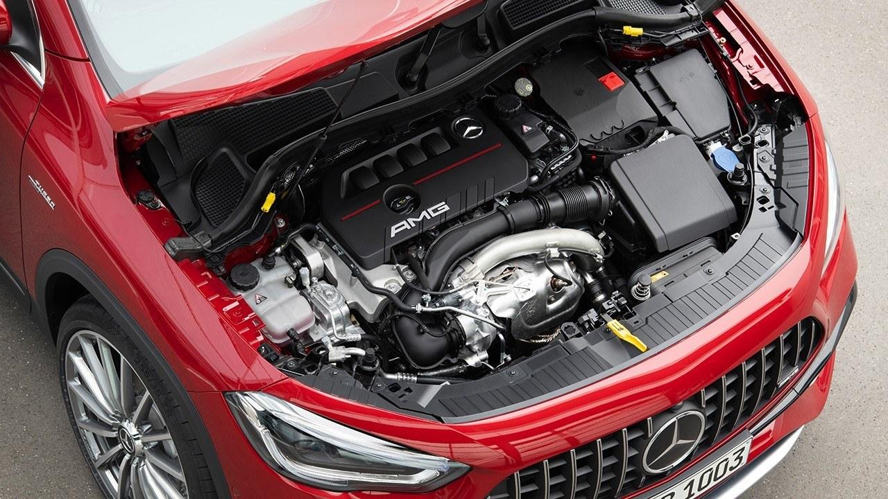 Mercedes-Benz GLA II (2019) 18