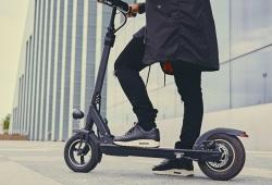 La DGT regula (por fin) el uso de patinetes eléctricos