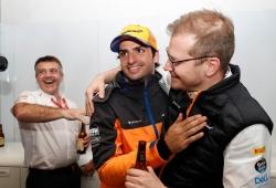 Seidl celebra la agresividad de Sainz: «Es el piloto adecuado para nuestro futuro»