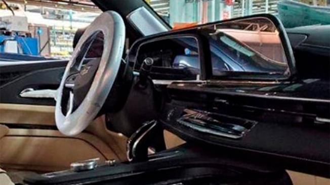 Cadillac Escalade 2021 - foto espía interior