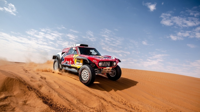 Dakar 2020: Andrea Peterhansel se pierde la carrera por razones médicas